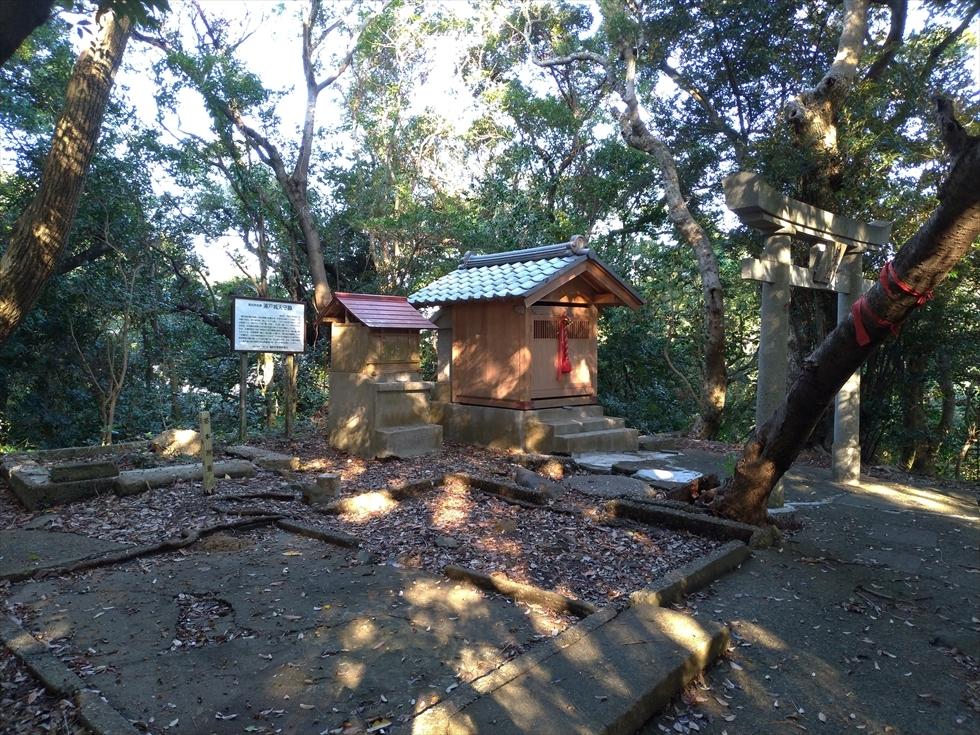 浦戸城址碑 ー 桂浜公園