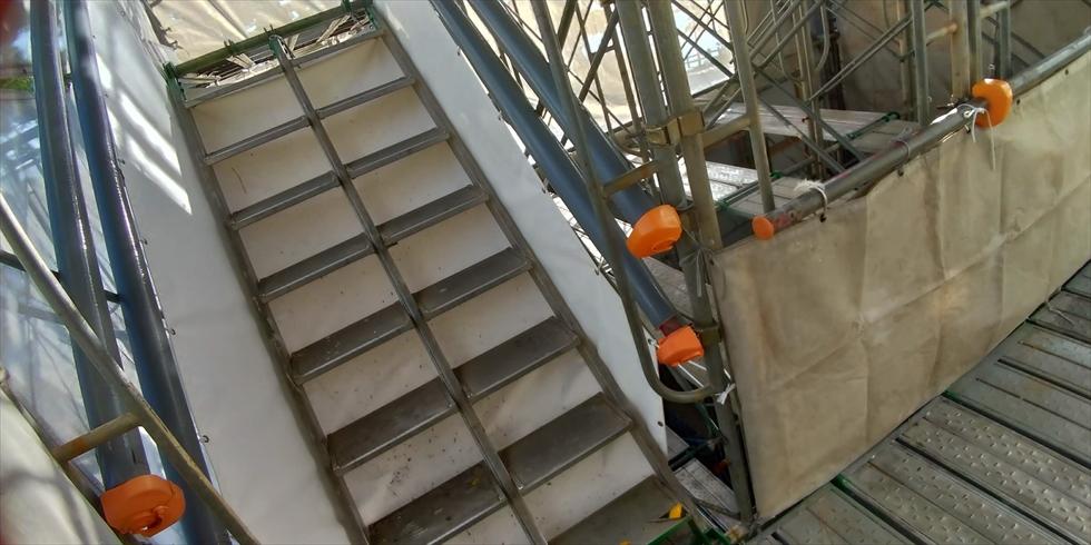 龍馬に大接近(階段)