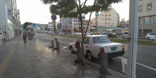 タクシーで桂浜へ