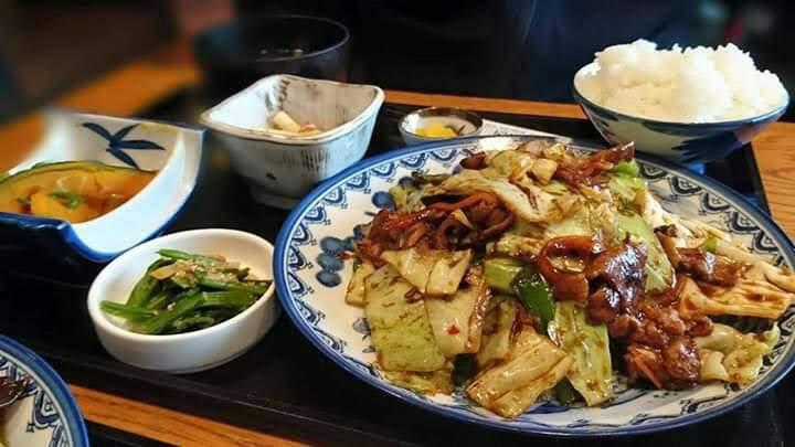 西村商店のランチ(回鍋肉定食)