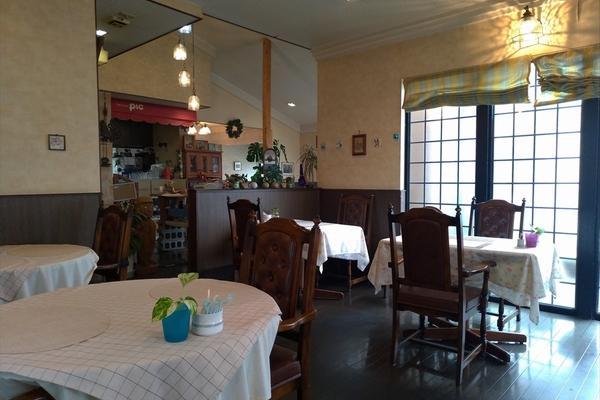 レストラン PIC