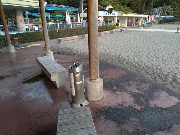 桂浜公園の喫煙所(6)