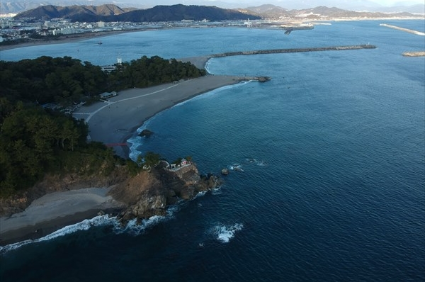 Scenic spot Katsurahama (Ryuo point and  Japan Current)