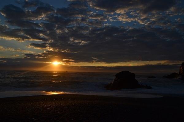 名勝 桂浜 (桂浜の夜明け)