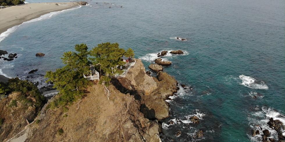 桂浜の竜王岬と竜王橋(2)