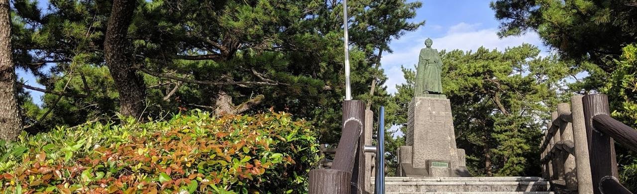 龍頭岬の坂本龍馬の銅像